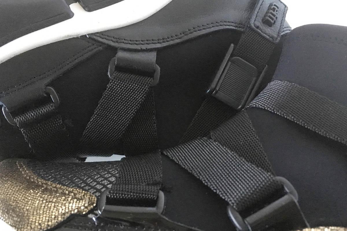 Cetti - bottine chaussette cuir et tissu imperméable avec clip chez Chérie Chaussures Annecy (détail)