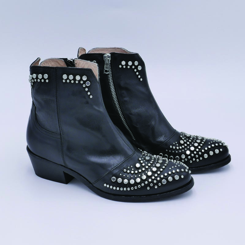 Fru.it-Bottines-cuir-noir-clous-pointe-top-mode-Cherie
