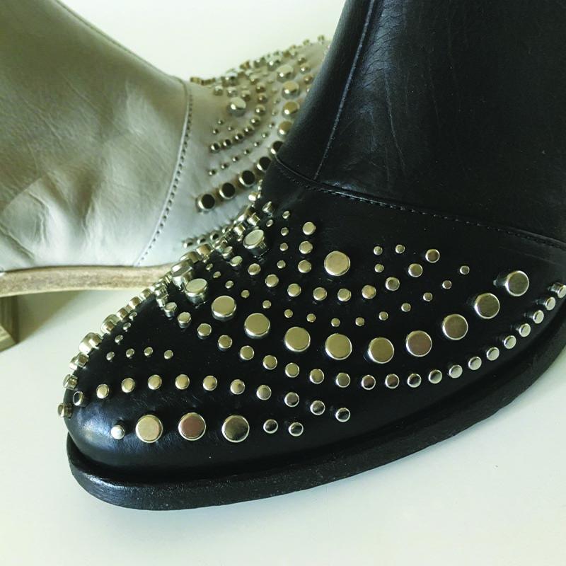 Zoom-pointe-bottine-Fru.it-cuir-noir-cuir-blanc-Cherie-Chaussures