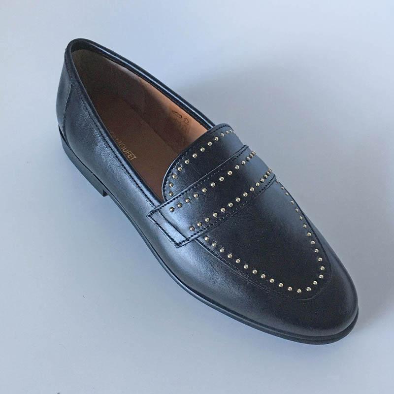 Marion Toufet - mocassin plat cuir noir verni chez Chérie Chaussures