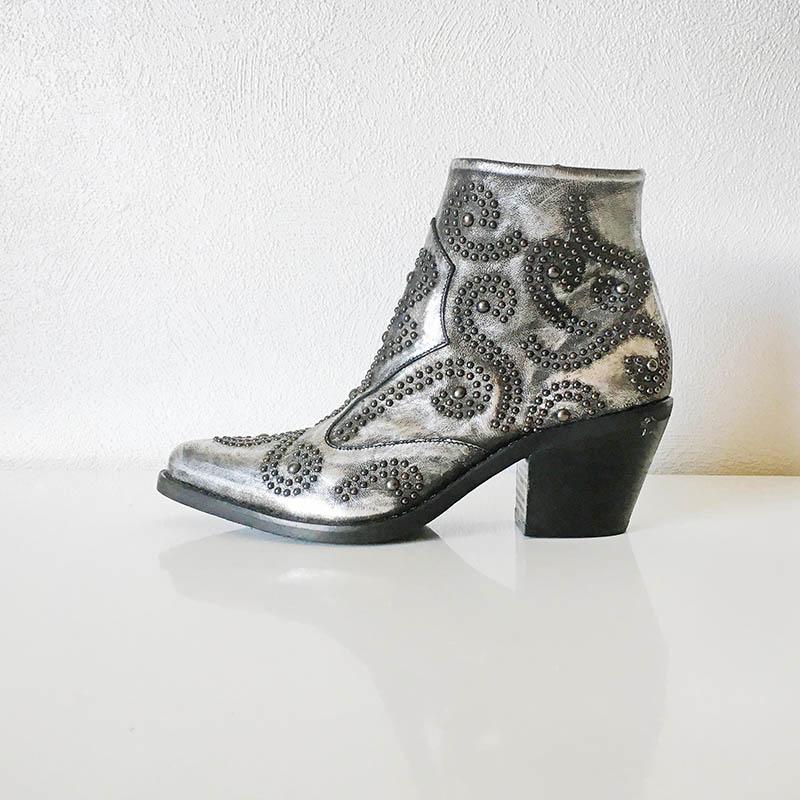 Semerdjian - Bottine tiag en cuir argent ornée de clous chez Chérie Chaussures Annecy