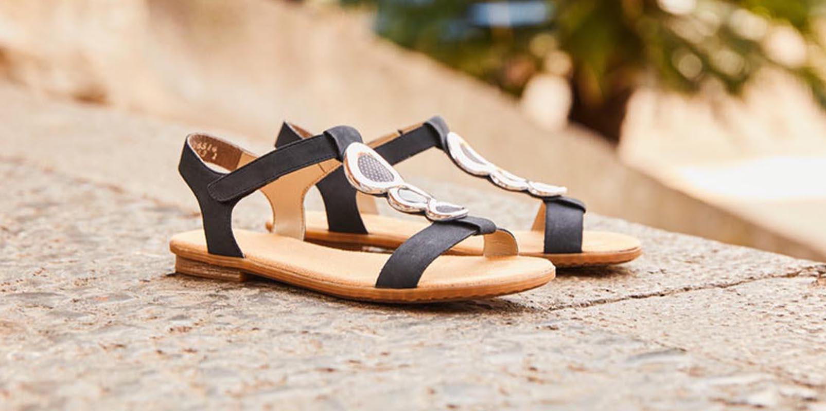 Riekemode-city-Annecy-sandale-cuir-noir