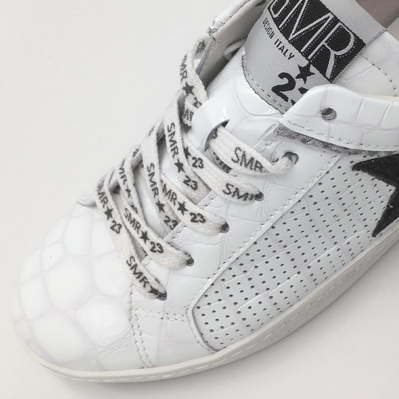 SMR-detail-cui-motif-ecaille-cuir-blanc-basket-SMR