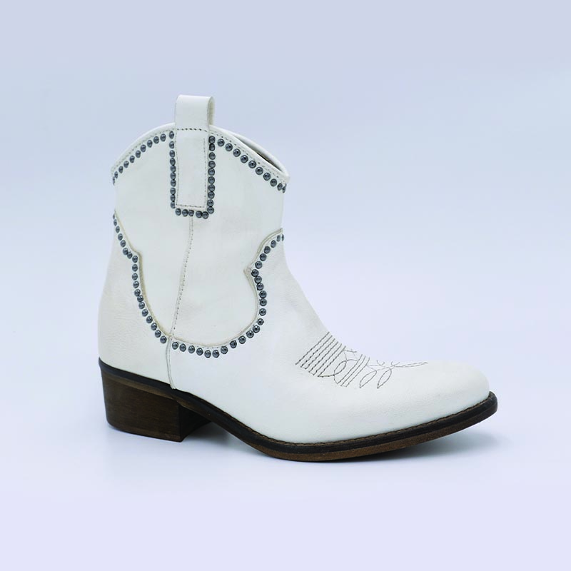 Boots-tag-cuir-blanc-mode-Zoé-chaussures